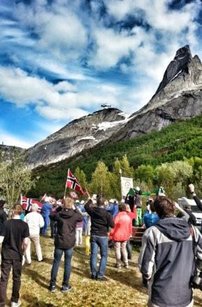 Arne Hjeltnes møtt med krav om lukkede anlegg vednasjonalfjellet